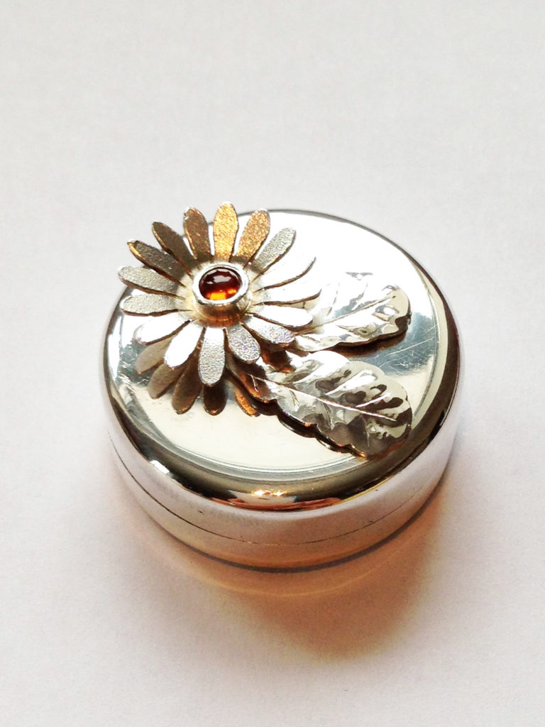 Sterling Silver Daisy Pillbox