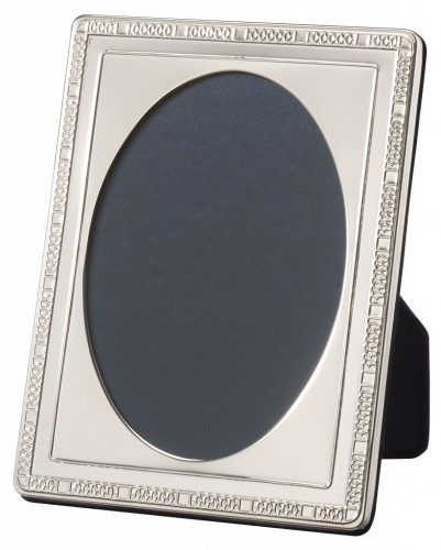Sterling Silver Oval Picture Frame Link Design